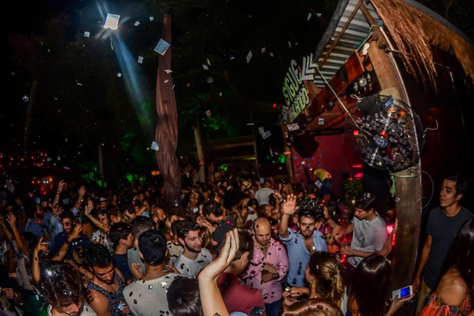 ¡Sigue Bailando! Rio de Janeiro Reggaeton Party