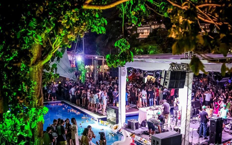 Rio de Janeiro Beach House Party