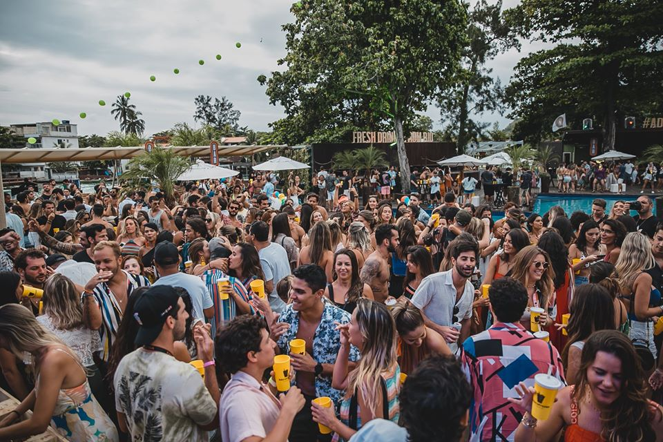 Rio de Janeiro Carnival Open Bar Pool Party