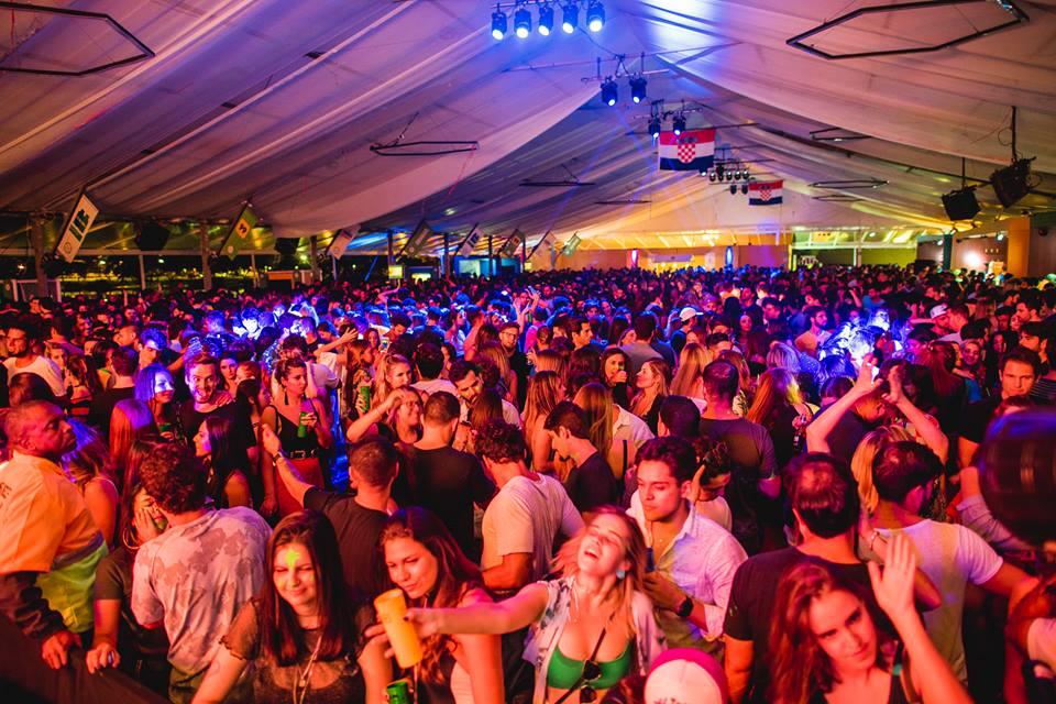 Rio de Janeiro Fill de Cup Party