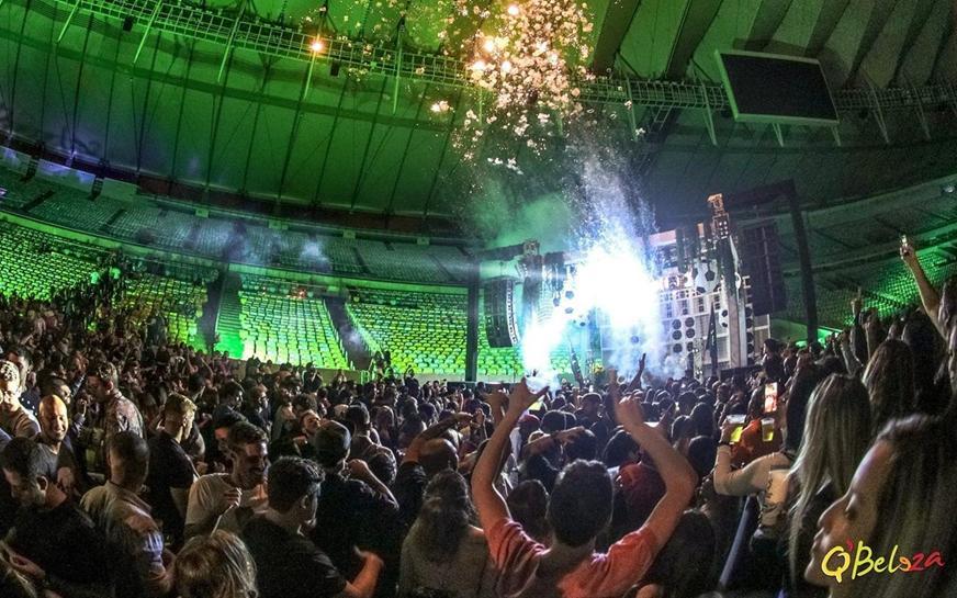 Rio de janeiro jockey club beauty party rioallaccess for Miroir club rio de janeiro