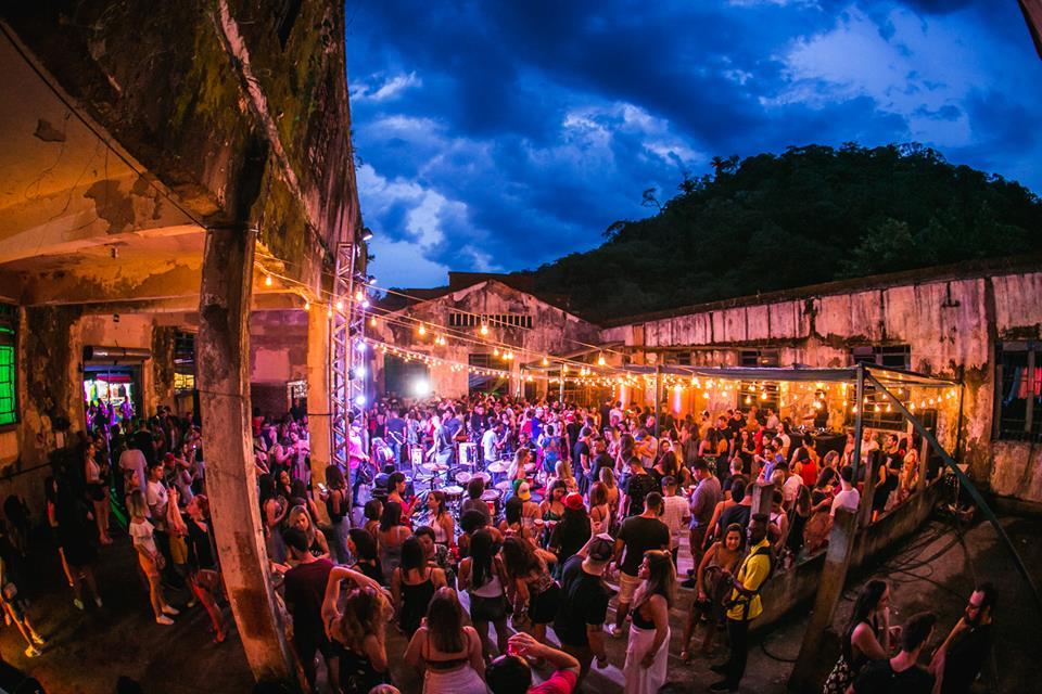 Rio de Janeiro Lagoon Terrace Party